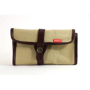 derwent-pencil-wrap-bag-open