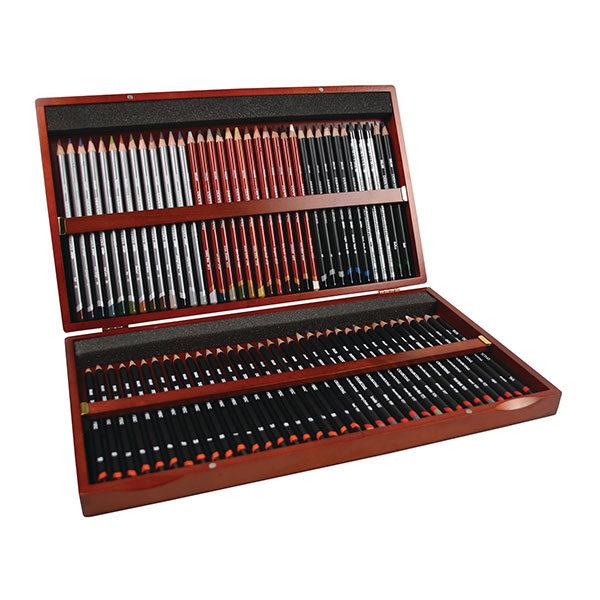 derwent-sketching-72-box-set-open