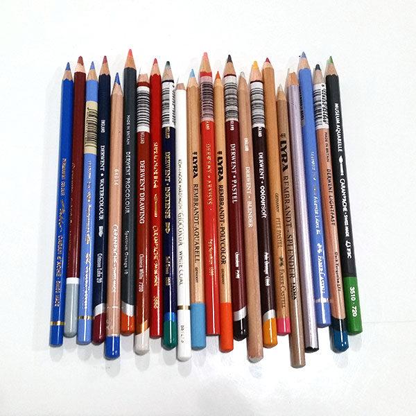 Premium-Pencil-Sampler-Box-Pencils-Laid-Out