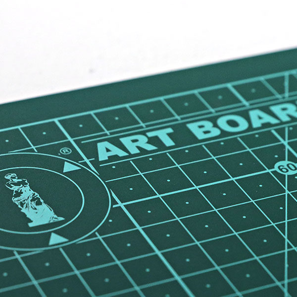 art-board-cutting-mat-self-healing-a4-close-up-2