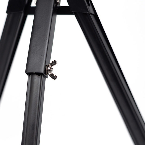 Black-Aluminium-Table-Easel-Back-View-Close-Up-of-Supporting-Leg