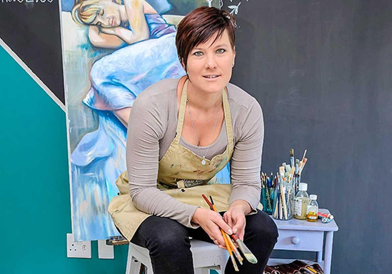 Lillian Gray Fine Artist & Art School