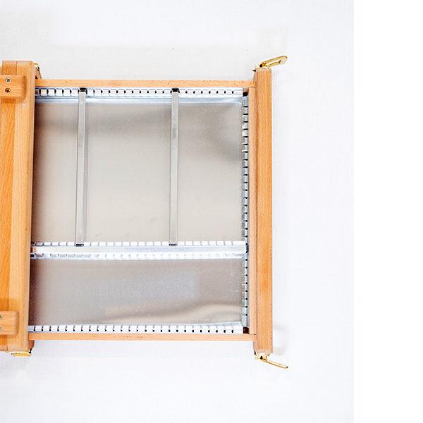 Renoir-Table-Box-Easel-Metal-Tray-Top-view