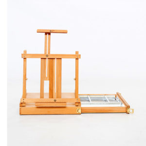 Renoir-Table-Box-Easel-With-Metal-Tray-front-view