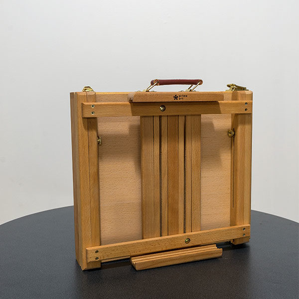 Renoir-Table-Box-Easel-with-Metal-Tray-Closed