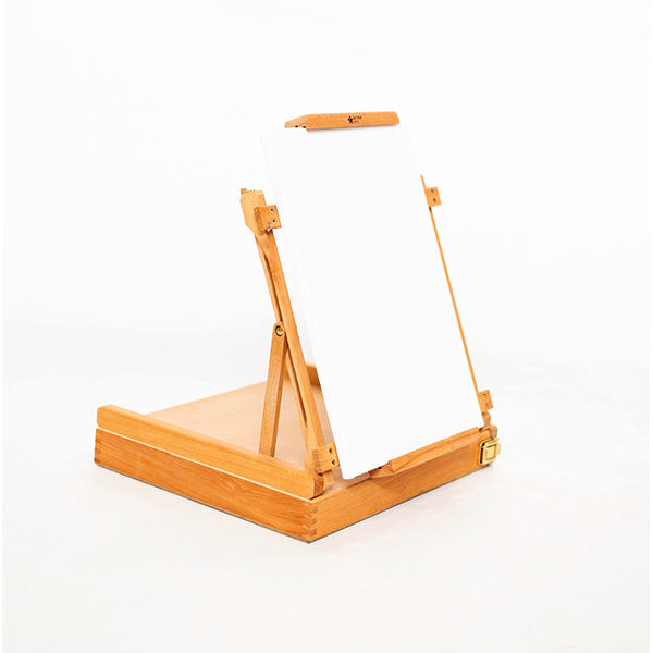 Renoir-Table-Box-Easel-with-canvas-on-it