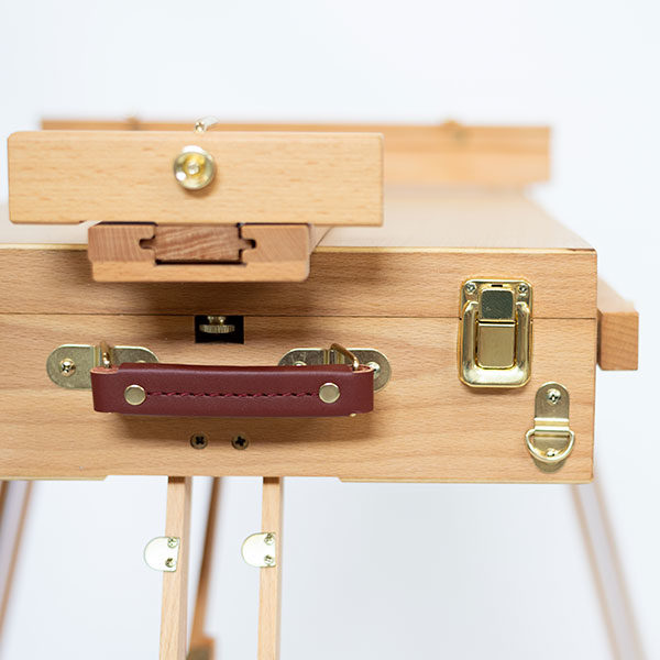 Wooden-French-Box-Style-Easel-Folded-Closed-Side-View-02