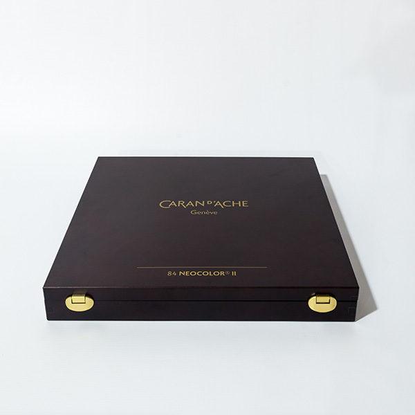 caran-dache-neocolor-II-84pc-wooden-box-set-closed