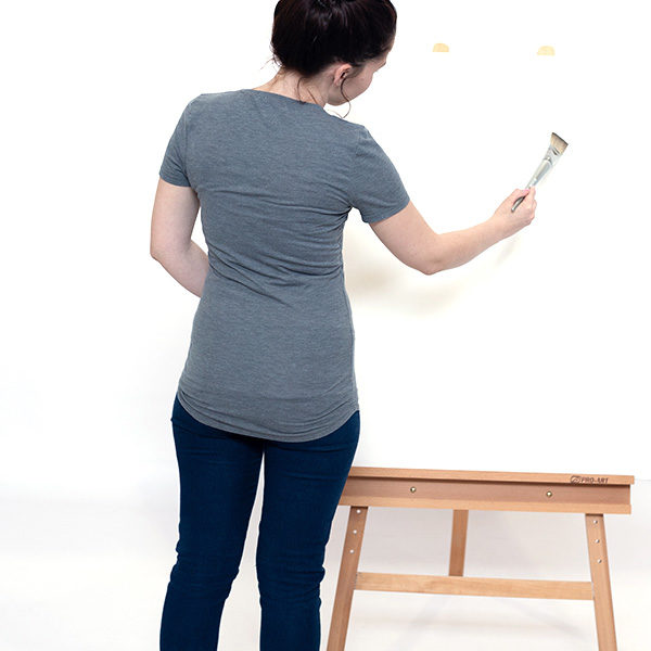 Bamboo-Easel-KB150B-front-view-with-paint-model