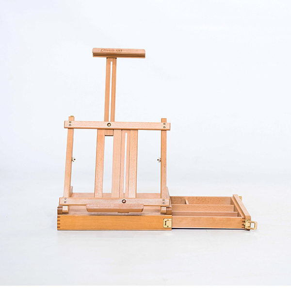 KB2003-Beech-Easel-font-view-with-tray-opened