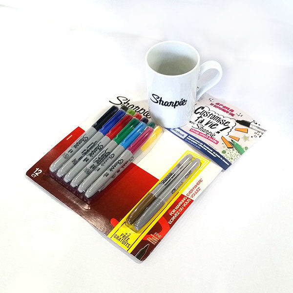 Sharpie-fine-assorted-12-plus-2-metallic-marker-set-with-a-free-sharpie-mug