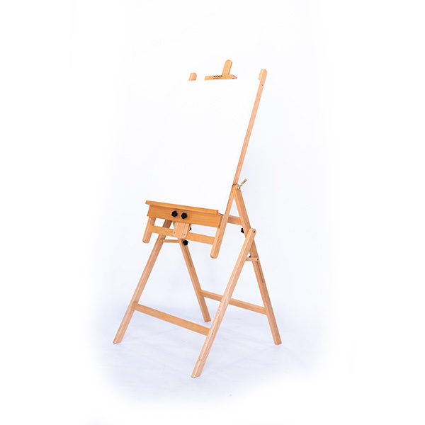 Mont-Marte-Convertible-Studio-Easel-with-Canvas-on-the-Rack