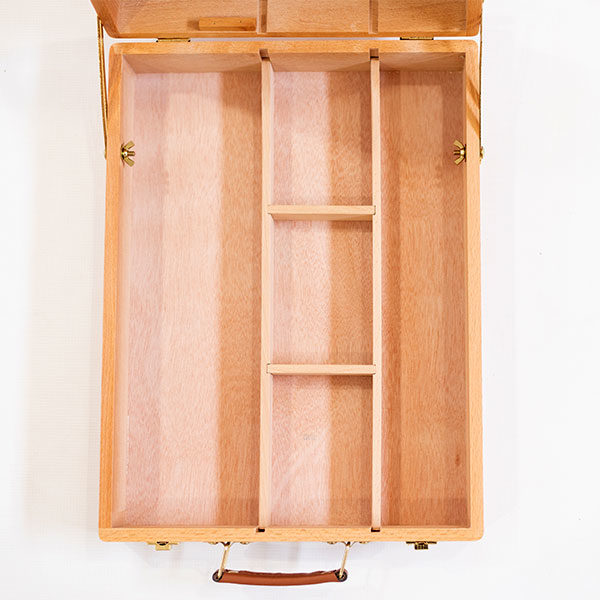 Mont-Marte-Tabletop-Beech-Box-Easel-Medium-Top-view-of-Tray