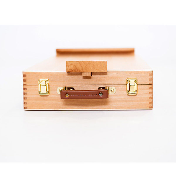 Mont-Marte-Tabletop-Beech-Box-Easel-closed-from-the-side