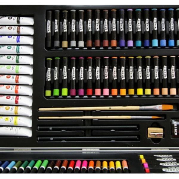 Studio-Essentials-Mixed-Media-Art-Set-90-Piece-Mont-Marte-Case-Close-Up