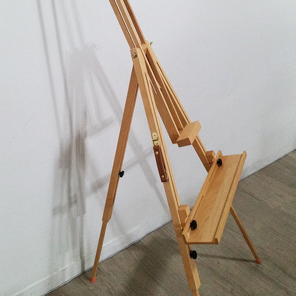 Tripod-Large-Beech-Easel-Mont-Marte-side-close-up