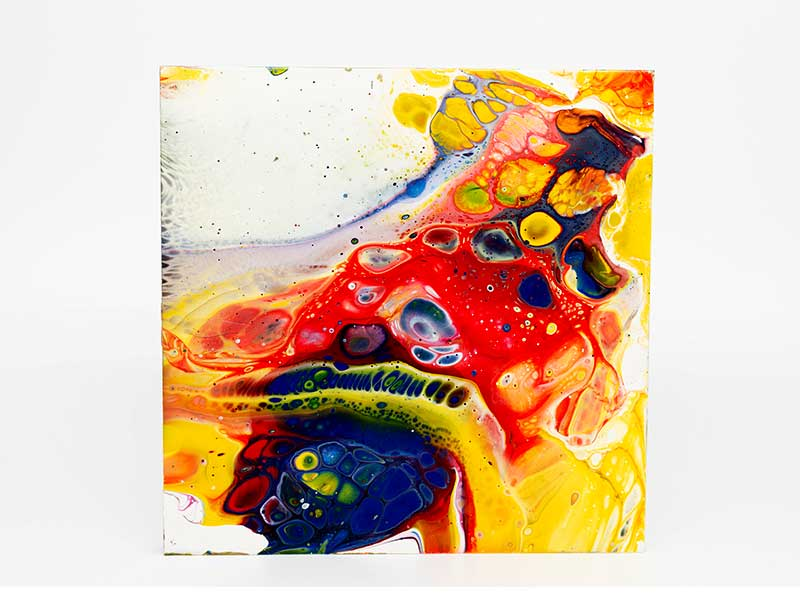Pouring-Medium-used-with-Acrylic-Paint