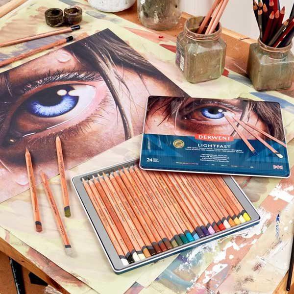 Derwent-Lightfast-Oil-Based-Coloured-Pencils-Drawing