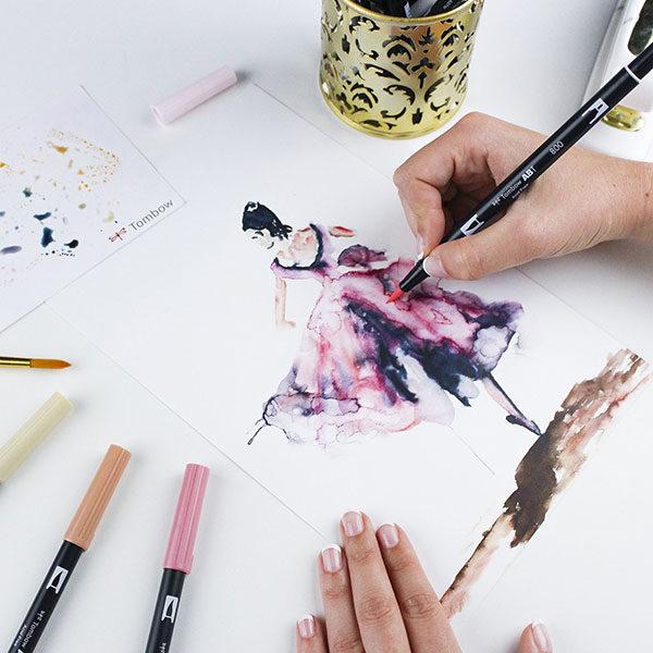 Tombow-Dual-Brush-Pen-Sketch-of-a-ballerina