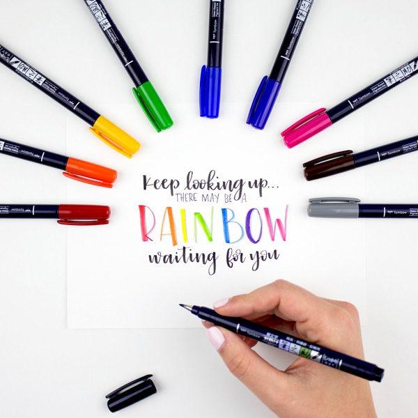 Tombow-Fudenosuke-Brush-Pen-Colour-Set-Pen-Colours-laid-out-04