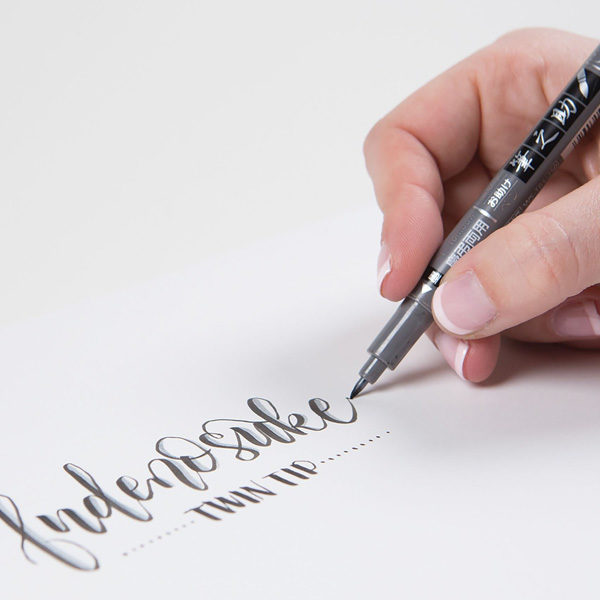 Tombow-Fudenosuke-Twin-Tip-Brush-Pen-Writing