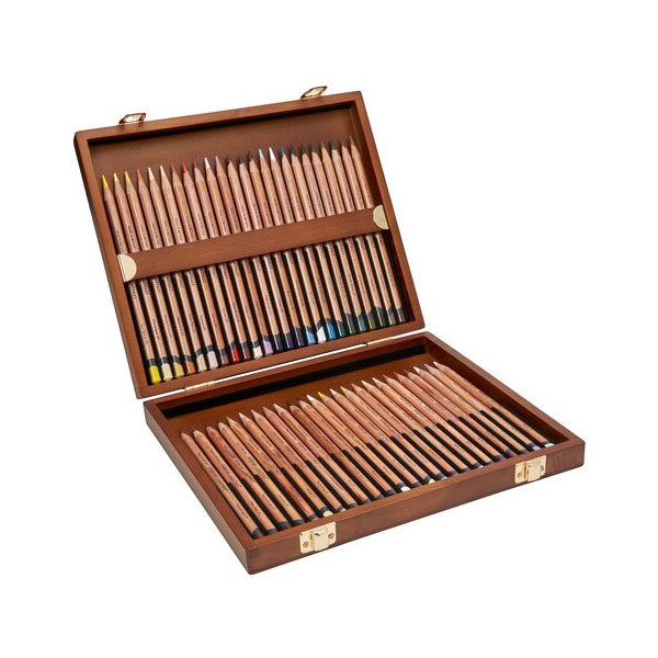 Derwent-Lightfast-Wooden-48-Box-Set-pencil-range