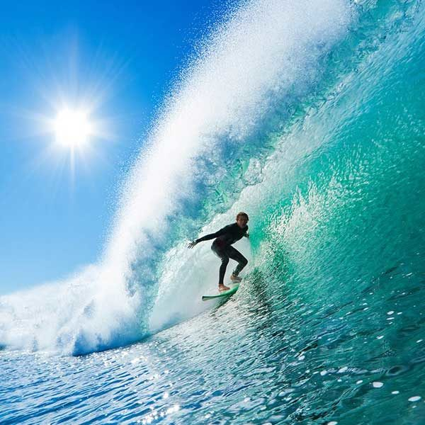 Surfer-On-Wave-Wall-Mural-XLWS0150-close-up
