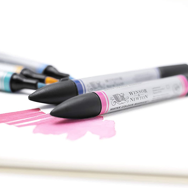 Winsor-and-Newton-Water-Colour-Markers-close-up