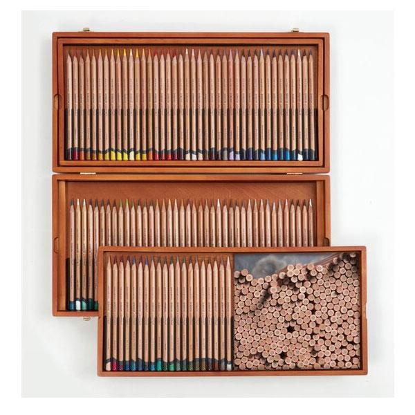 Derwent-Lightfast-Wooden-Box-100-Set-Contents-02